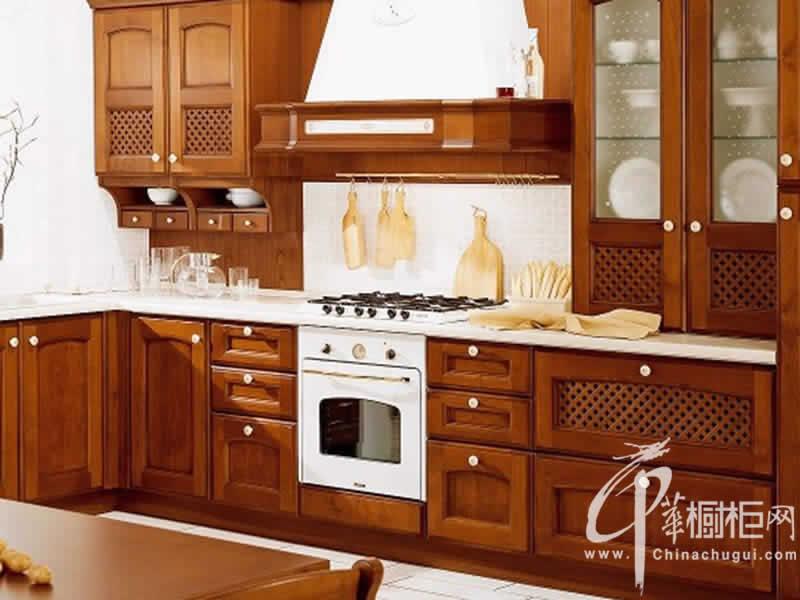 百丽厨柜-古典风格橱柜效果图