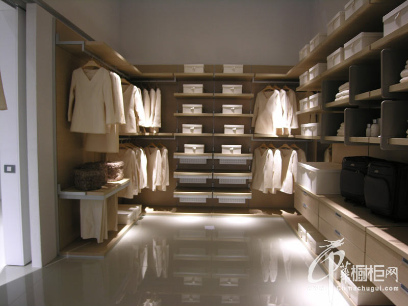 歌路德——整体衣柜设计效果图