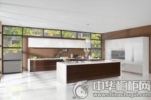 这些开放式厨房,最爱就是那个中岛设计!