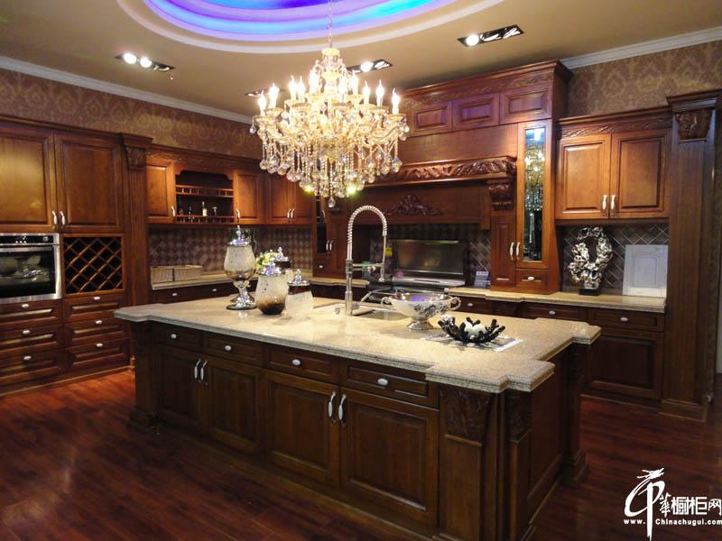 厨房装修西曼帝克实木橱柜效果图