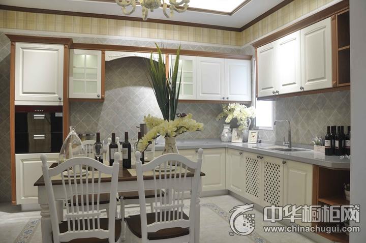 厨之宝燃气灶效果图 白色欧式风格橱柜图片