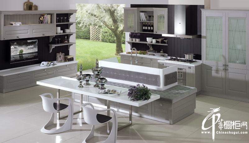 金牌厨柜-欧式风格厨房装修效果图 阿尔卑斯烤漆整体橱柜装修效果图