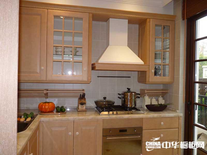 棕色整体橱柜图片 绿彩橱柜整体橱柜效果图 小巧简约风格