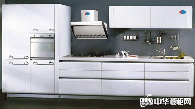 白雪公主系列橱柜效果图 白色烤漆整体橱柜效果图