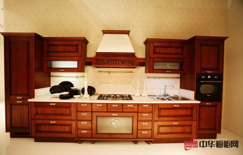 卓先龙邦橱柜效果图 古典风格实木橱柜图片