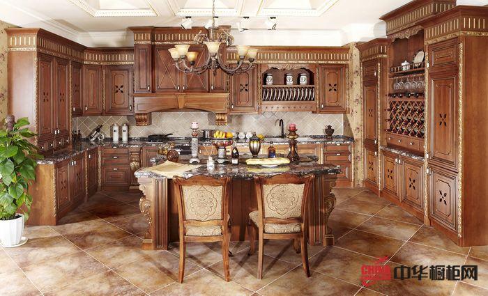 皇家经典整体厨柜效果图 古典橡木色整体橱柜图片