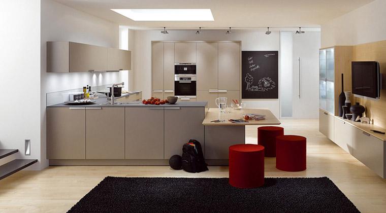 百丽厨柜暖色调整体厨房简约风格橱柜图片