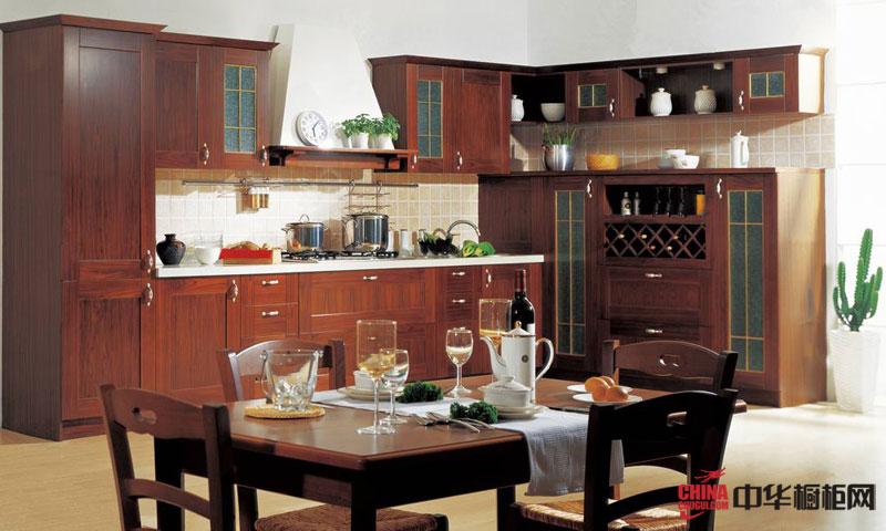 隆森橱柜——威廉一世橱柜图片 古典风格厨房装修设计效果图 实木橱柜图片展示高贵典雅成熟稳重