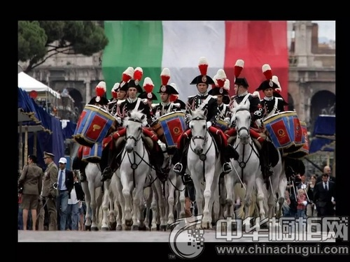 """意大利的节日,看看我们怎么过""""国庆节"""""""