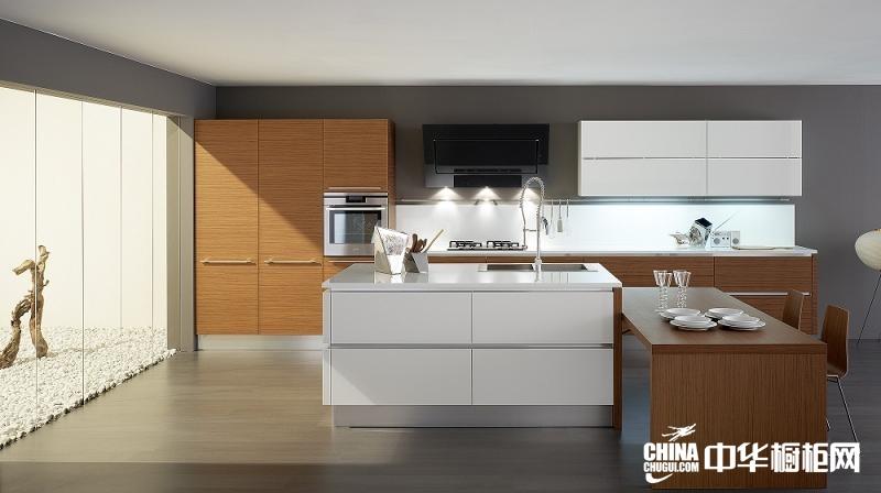 厨房整体橱柜效果图 阿锐德整体橱柜雪原奇光烤漆橱柜图片