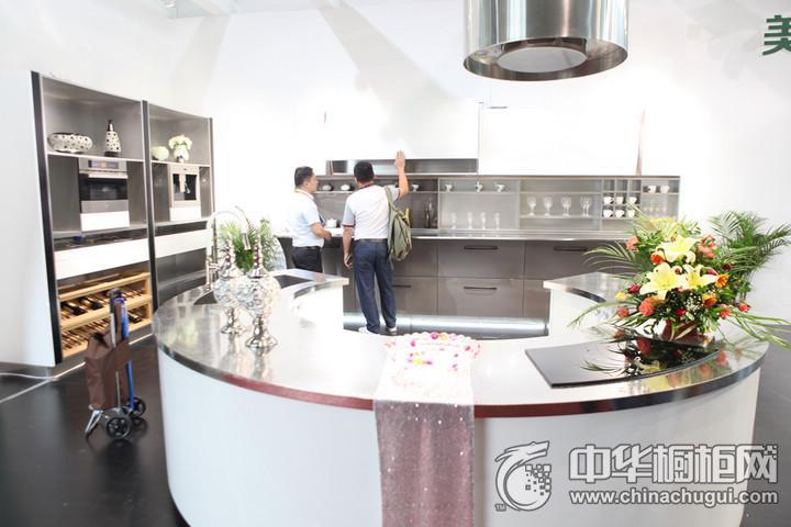 斯沃德德式不锈钢厨柜  2016年中国建博会(广州)参展产品简约风格橱柜图片