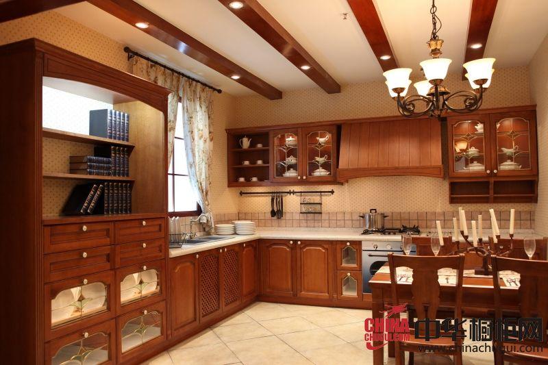 圣玛罗帝集成厨房 欧式古典实木橱柜效果图