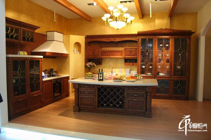 实木橱柜厨房家装效果图图片