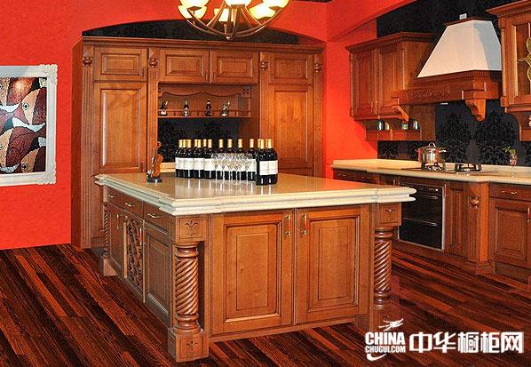古典风格豪威尔·宝德图片——阿德莱系列 欧式橱柜图片|实木整体橱柜图片看起来典雅高贵、卓尔不凡
