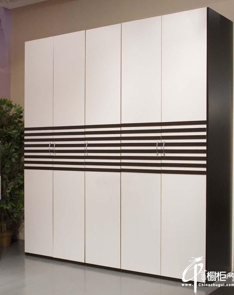 简约黑白条纹整体衣柜效果图