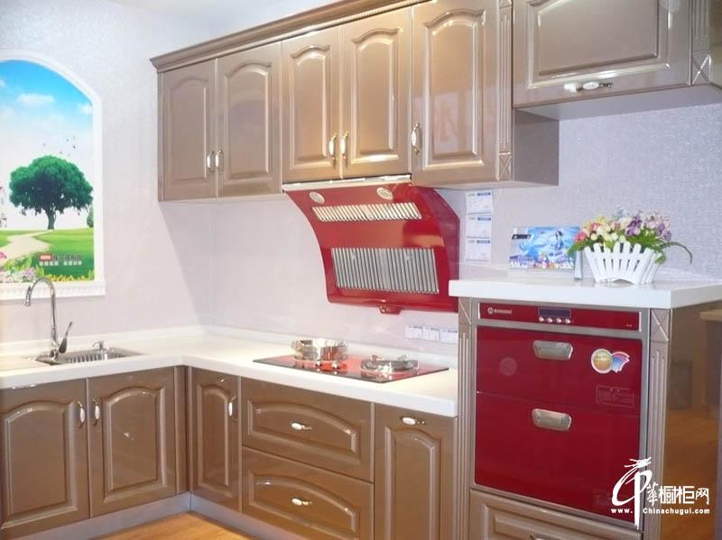 渥尔渥烤漆欧式橱柜效果图