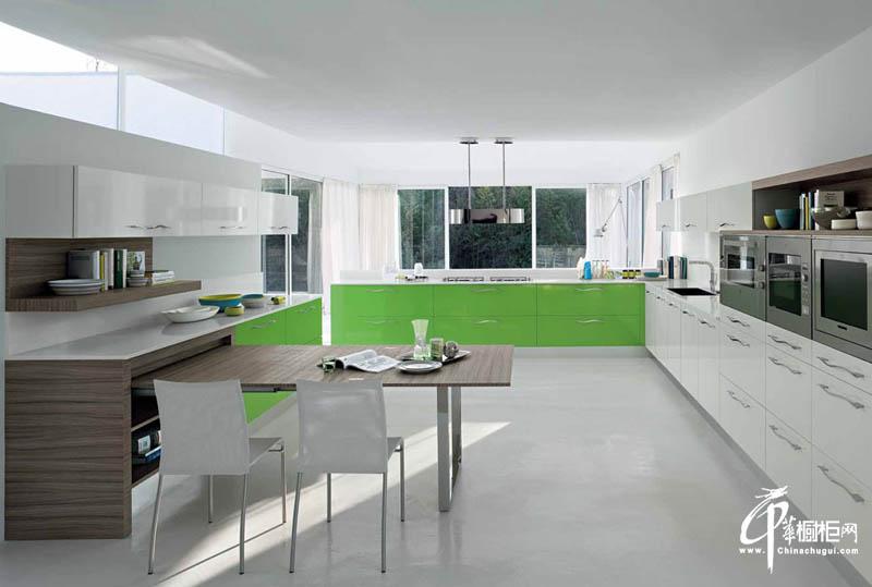 EuroCasa大型厨房橱柜设计效果图