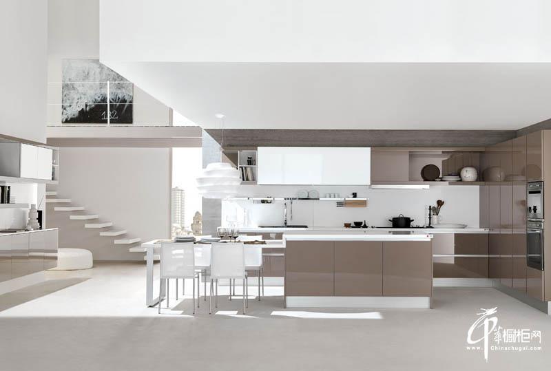 复式厨房橱柜设计效果图