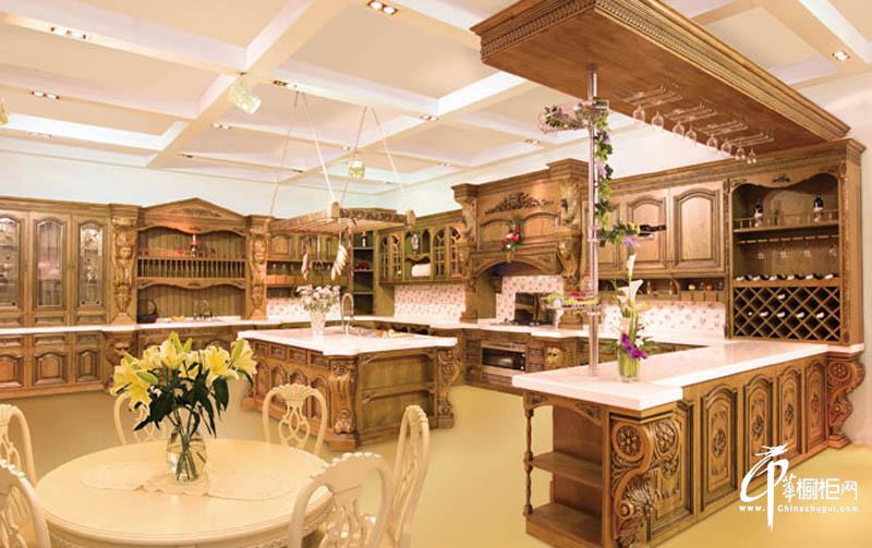 澳柯玛整体厨房古典橱柜效果图