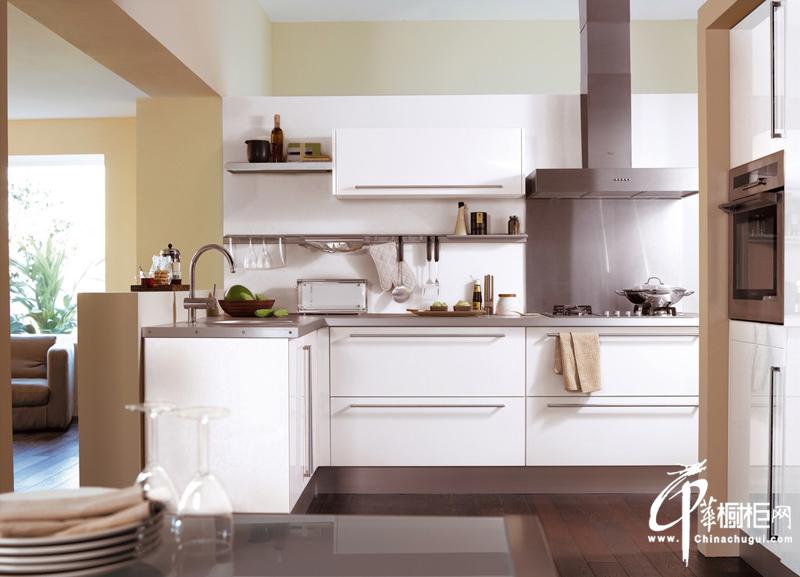 纯色欧式风格橱柜装修设计效果美图
