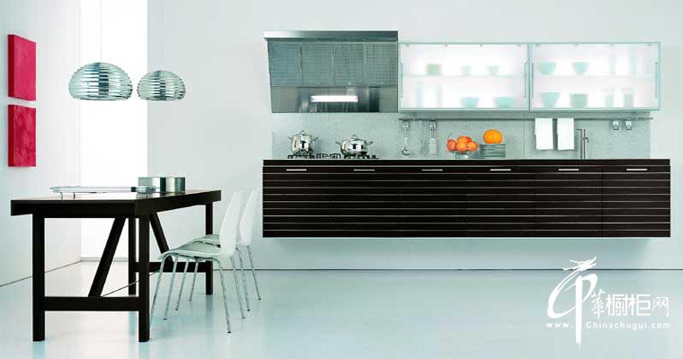 白色现代风格整体橱柜设计效果图