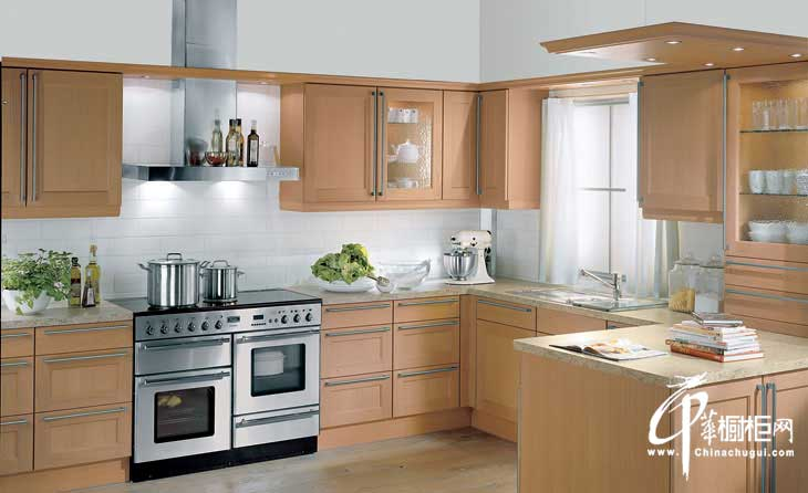 整体橱柜装修效果图 极简主义厨房装修效果图给人清爽之感