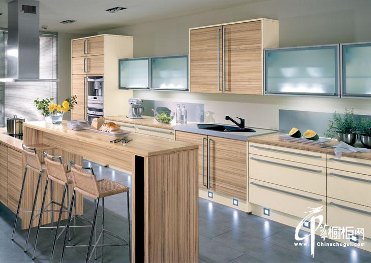 整体橱柜装修效果图片 时尚厨房装修明亮简洁