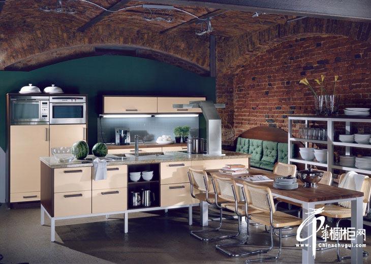 美式乡村风格整体橱柜图片 感受厨房的豪放气质