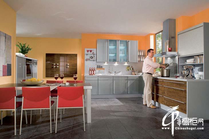 橙色整体橱柜装修效果图 时尚厨房骤显活力