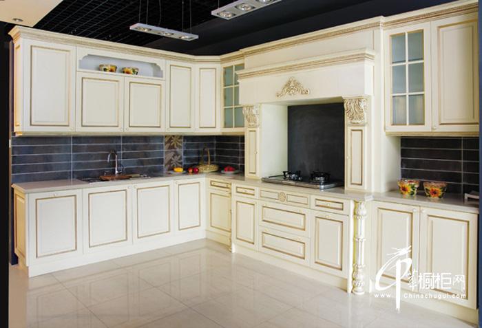 欧式整体橱柜装修设计图片 演绎西曼蒂克的尊贵