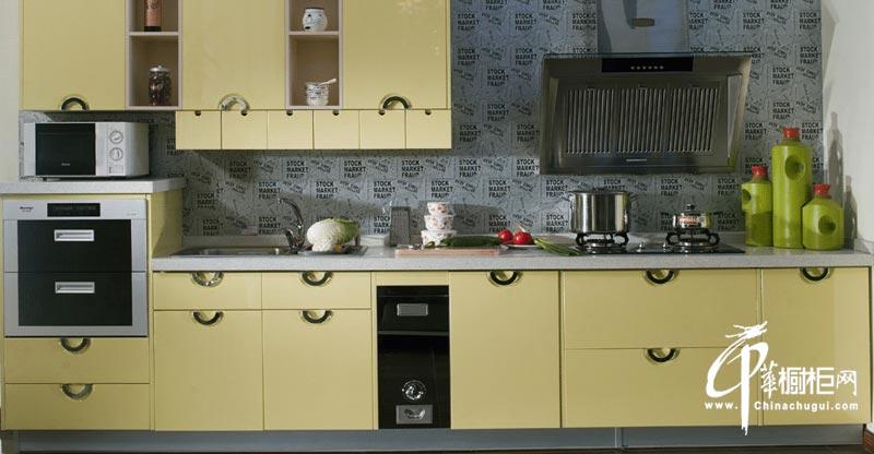 米黄色简约风格橱柜装修设计图片 厨房装修实用而毫不做作