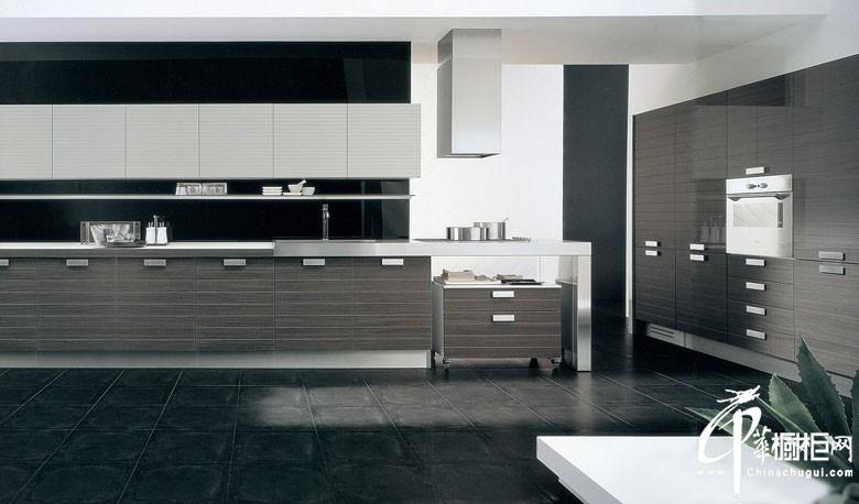 现代简约风格小厨房装修效果图 灰色橱柜搭配黑色墙面厨房装修显大气