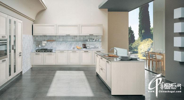 澳蓝特橱柜白色U型橱柜装修设计效果图 欧式厨房装修效果图大全2011图片