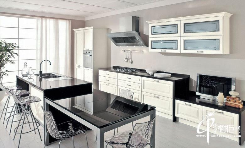 不锈钢橱柜图片 白色烤漆橱柜图片 厨房装修效果图大全2012图片