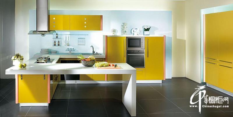 开放式简约风格整体橱柜装修效果图片 厨房装修效果图展示明净厨房环境