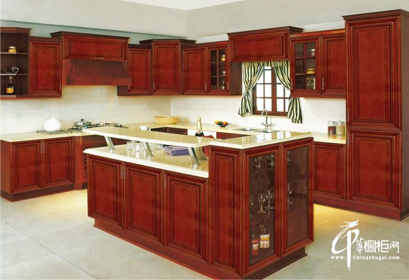 实木橱柜图片|厨房装修效果图 古典风格橱柜打造尊贵厨房空间