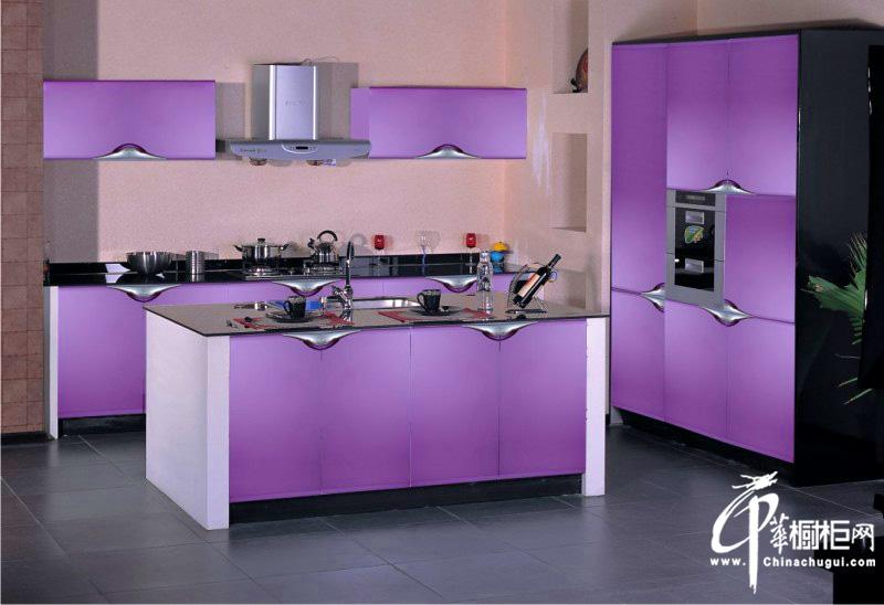 浅紫色整体橱柜设计图片 厨房装修效果图欣赏 简约浪漫是厨房更加灵动,中华橱柜网为你提供各式各样的橱柜设计图片、厨房装修效果图大全2011图片、厨房装修效果图大全2012图片、整体橱柜装修图片、整体橱... --> 浅紫色整体橱柜设计图片 厨房装修效果图欣赏 简约浪漫是厨房更加灵动,中华橱柜网为你提供各式各样的橱柜设计图片、厨房装修效果图大全2011图片、厨房装修效果图大全2012图片、整体橱柜装修图片、整体橱柜效果图、欧式橱柜图片、实木橱柜图片、小厨房装修效果图,希望对您的厨房橱柜装修、厨房橱柜设计、厨