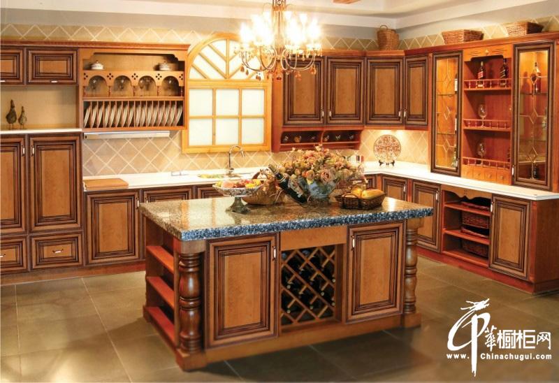 古典实木橱柜图片|欧式橱柜图片 厨房装修效果图尽显皇家尊贵