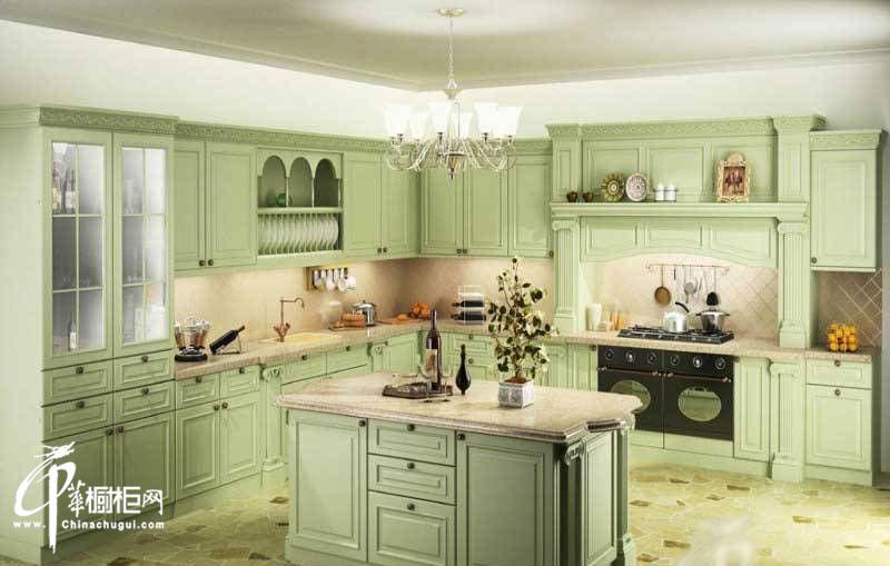 欧式橱柜图片|实木橱柜图片 打造田园风格厨房装修效果图