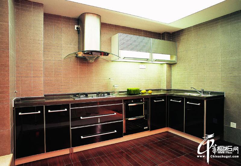 不锈钢烤漆橱柜装修图片 厨房装修效果图展示现代感
