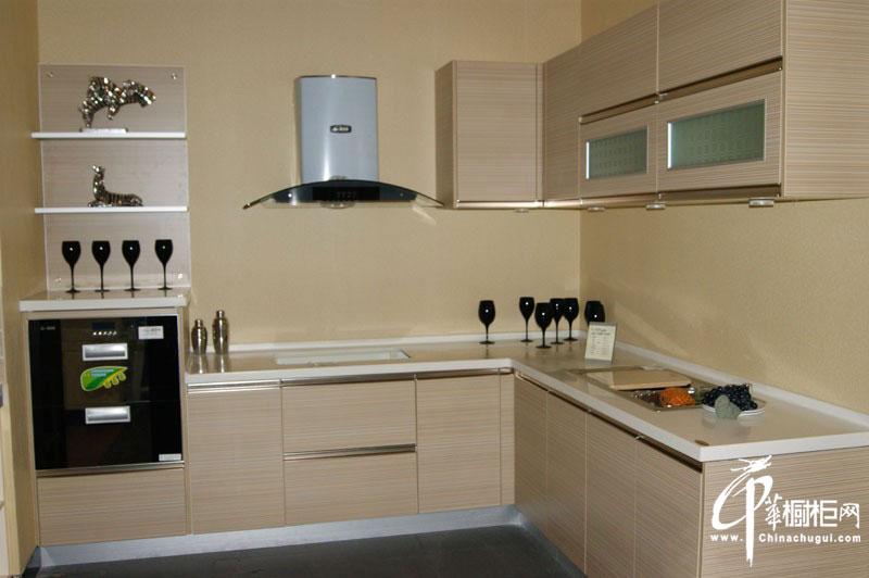 米白色l型整体橱柜装修效果图片 小厨房装修效果图欣赏