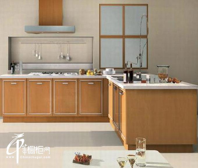 原木色简约风格橱柜装修设计图 l型小厨房装修效果图欣赏