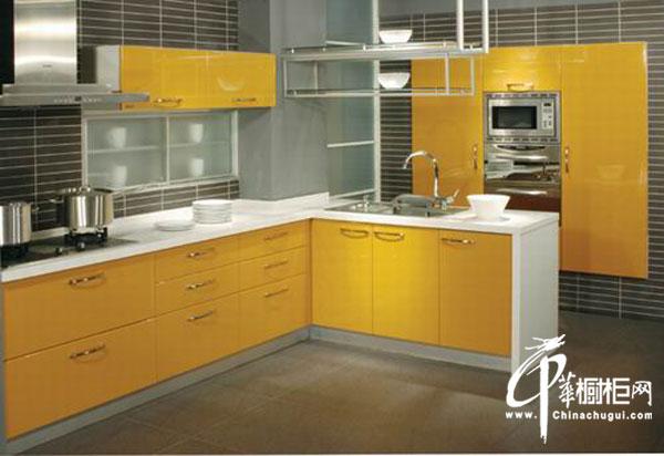 嫩黄色L型橱柜设计图片 简约风格厨房装修效果图大全