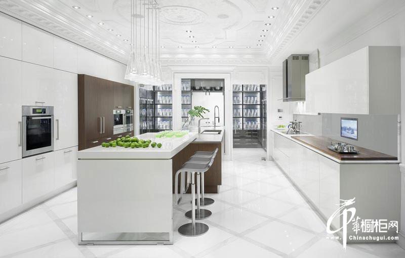 简约风格整体橱柜设计效果图 洁白纯净的开放式厨房装修效果图展示