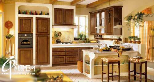 4款精美实木橱柜 打造田园风格厨房装修