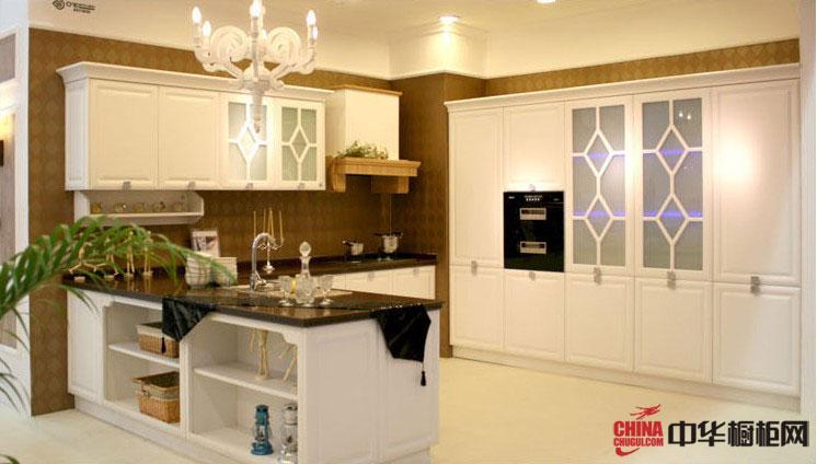 整体白色橱柜设计图片 整体厨房装修图片展示北欧风情