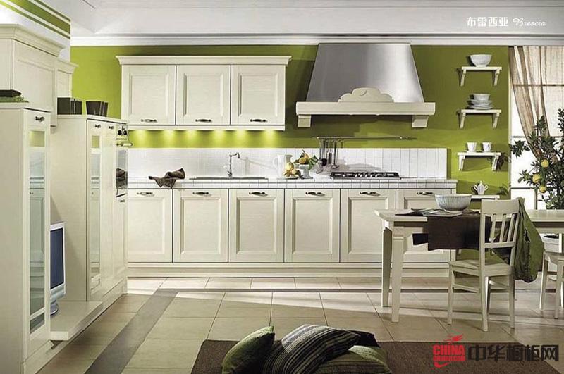 欧式田园风格厨房装修效果图 实木橱柜图片——布雷西亚