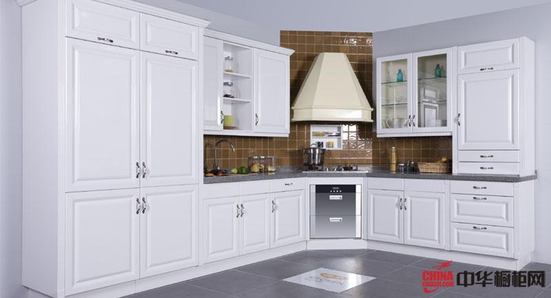 欧式风格厨房装修设计图片 实木橱柜图片夹杂着现代气息——新天鹅堡
