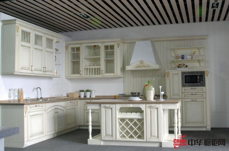 岛型整体橱柜装修设计图片 白色欧式田园风格厨房装修效果图——圣米艾伦