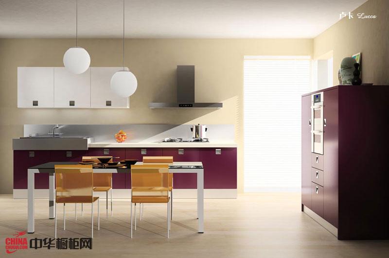 现代简约整体橱柜装修设计图片欣赏 红色烤漆橱柜打造时尚经典厨房装修效果图大全2012图片
